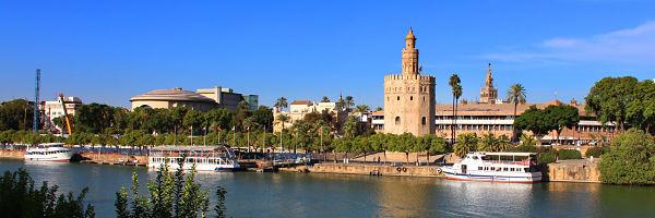 Torre del oro, cosas que ver y hacer en Sevilla
