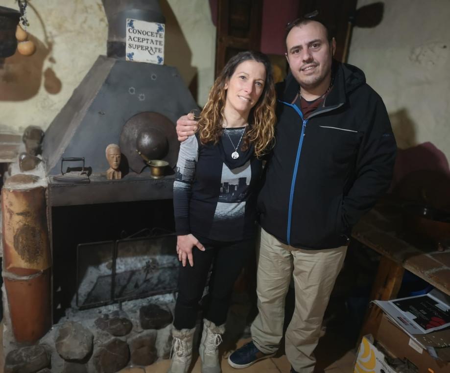 Nekane y Ernesto, artífices de Radio TV Camino de Santiago