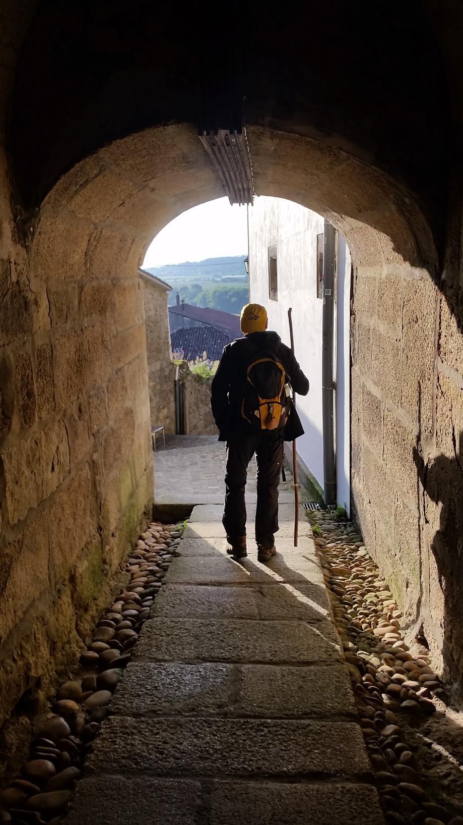 Ángel Pérez recorriendo el Camino Portugués