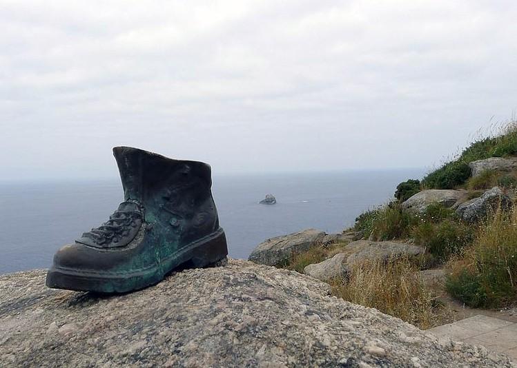 boots camino santiago