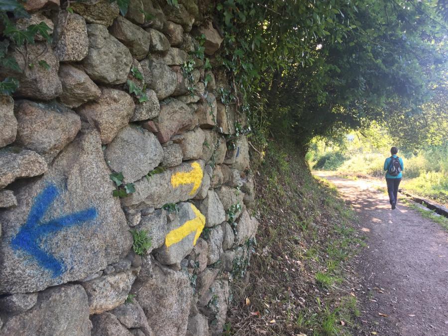 Flecha amarilla en el Camino Portugués