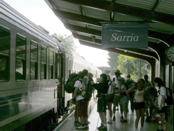 cómo llegar a Sarria en tren
