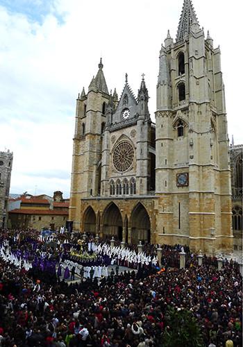 semana santa en el camino de santiago, León