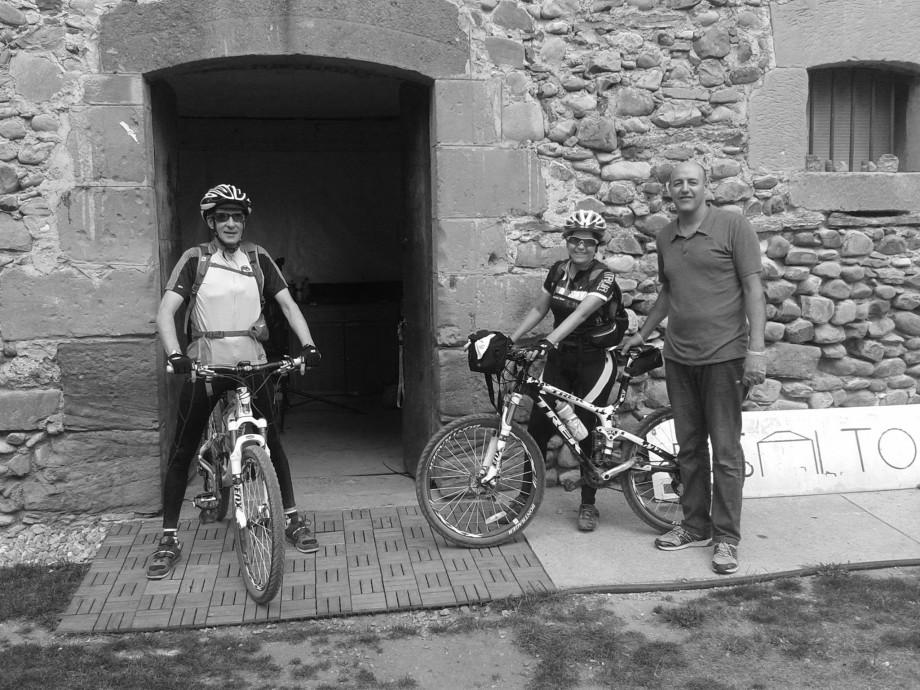 Fernando y Pepe, propietarios del albergue El Salto de Belorado