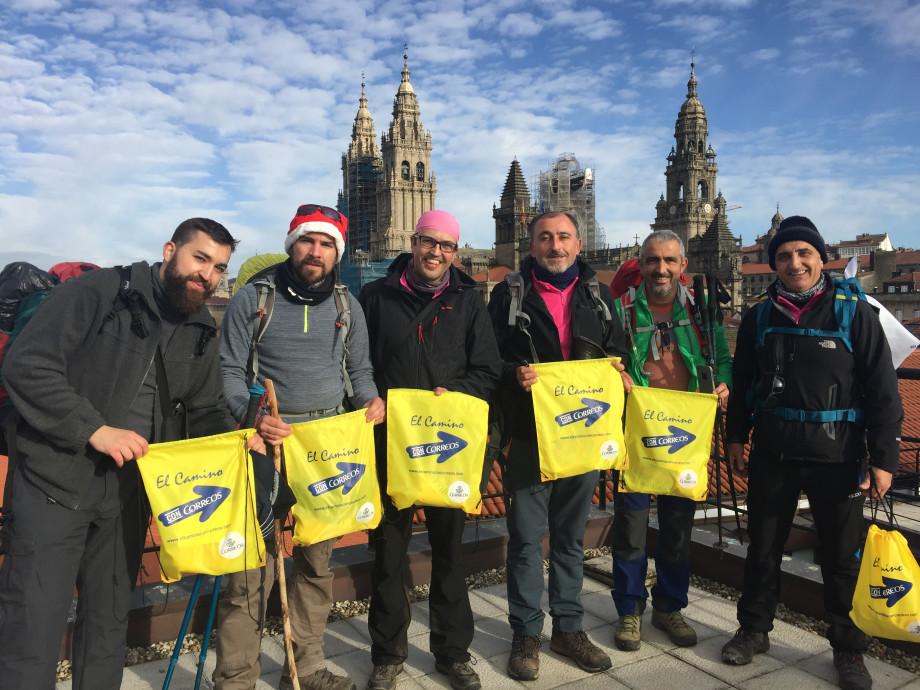 peregrinacion solidaria aspe el camino con correos