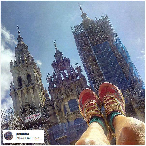 pies y catedral