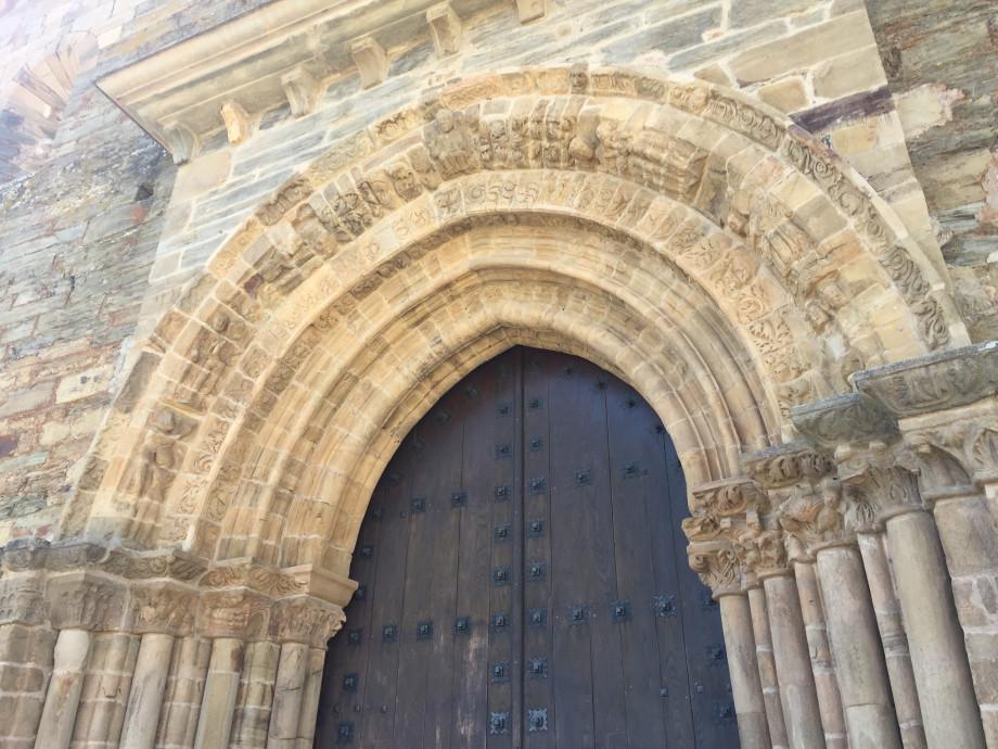 Puerta del Perdón en la Iglesia de Santiago de Villafranca del Bierzo