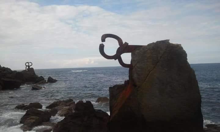Qué ver en Donostia / San Sebastián: el Peine del Viento de Chillida