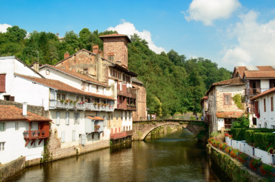 Puente medieval de Saint Jean Pied de Port, inicio del Camino Francés