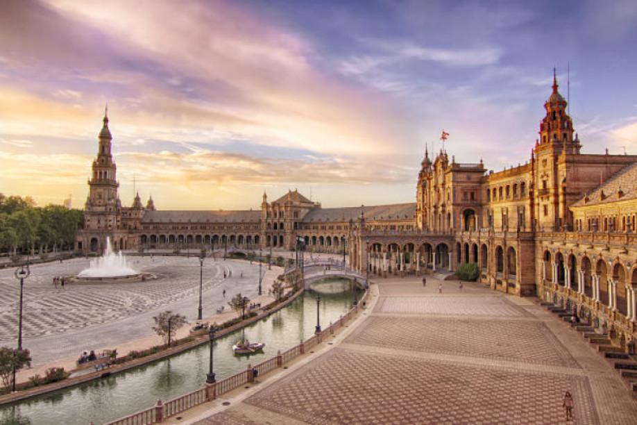 ¿Qué ver en Sevilla? 10 lugares que debes visitar en la capital andaluza