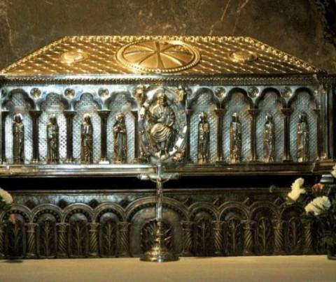 La tres tumbas del Apóstol Santiago