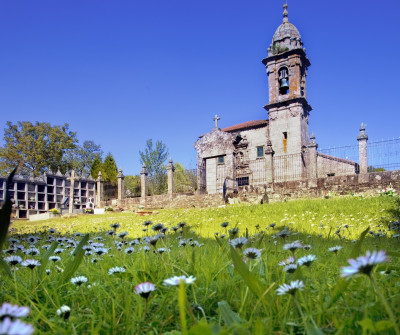 Iglesia de Trasmonte en el Camino a Fisterra