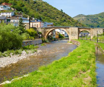 Puente en el Camino de Invierno