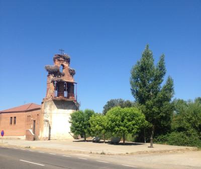 Iglesia de Villadangos, en el Camino Francés