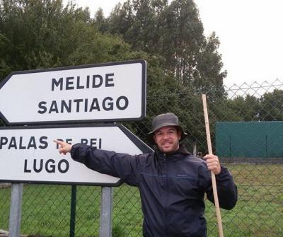 Peregrino recorriendo la etapa Palas de Rei - Arzúa del Camino de Santiago
