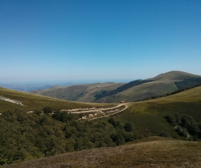 El Camino Francés cruza los Pirineos entre Saint Jean Pied de Port y Roncesvalles