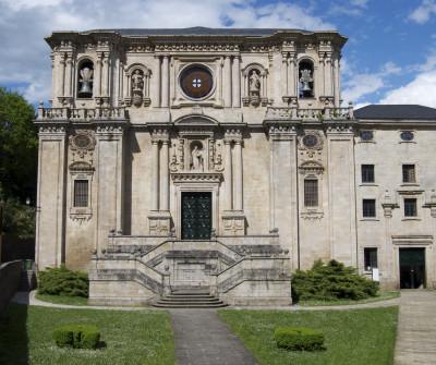 Monasterio de Samos, en el Camino de Santiago Francés