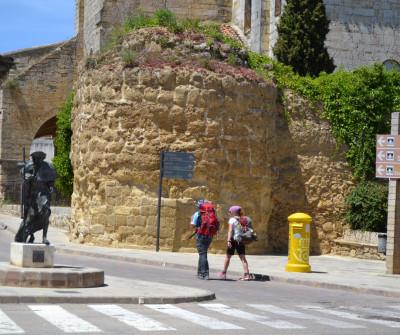 Peregrino en Carrión de los Condes, en el Camino Francés