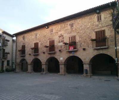 Ayuntamiento de Puente la Reina, en el Camino Francés