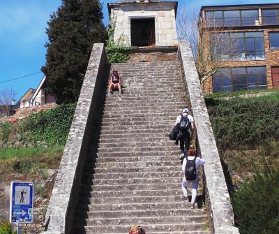 Escaleras y Capilla de As Neves, Portomarín