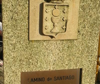 Insignia gallega en Ferrol, inicio del Camino Inglés