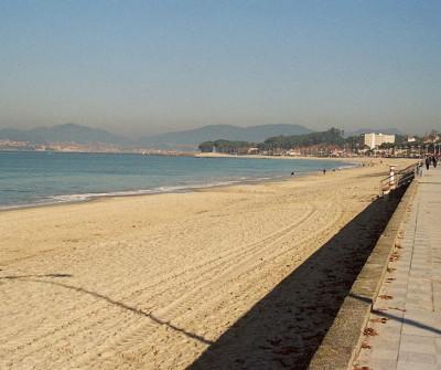 Playa de Samil, variante del Camino Portugués por la Costa