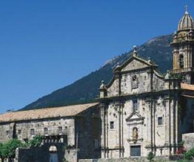 Santa Maria de Oia, punto de paso del Camino Portugués por la Costa