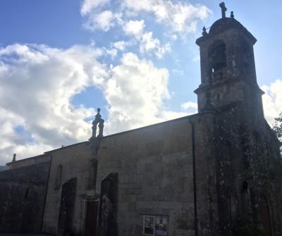 Iglesia en Mos, segunda etapa del Camino Portugués