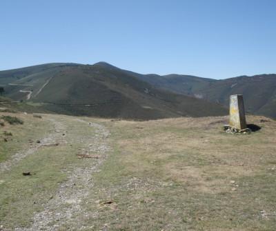 Alto de Grandas de Salime, en el Camino Primitivo