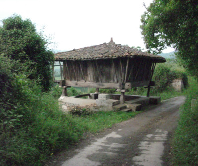 Paisaje del Camino Primitivo entre Grado y Salas