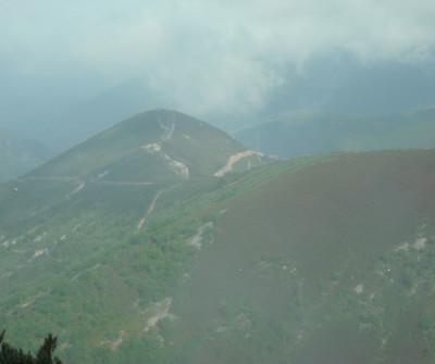 Paisaje del Camino Primitivo entre Tineo y Pola de  Allande