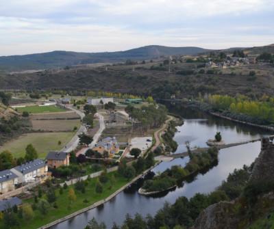 Río Tera a su paso por Puebla de Sanabria