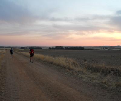 Salida de Villanueva de Campeán al alba