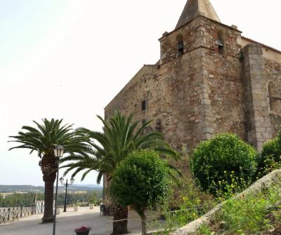 Iglesia en Aljucén