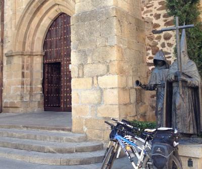 Imágenes en la Iglesia de Cáceres